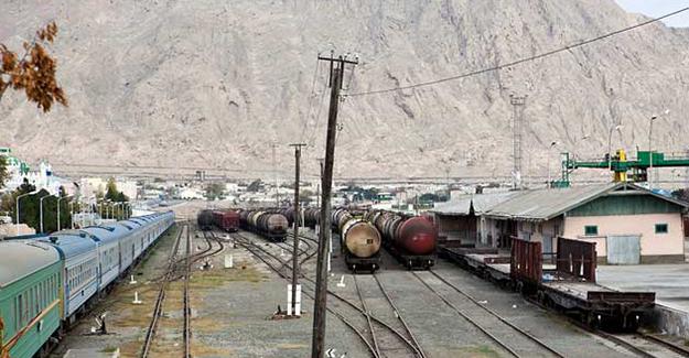 Türkmenistan uluslararası demiryolunu tamamlıyor