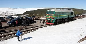 Bakü-Tiflis-Kars demiryolu projesinde deneme...