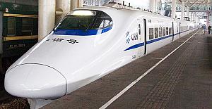 Çin hızlı tren ağını 30 bin kilometreye...