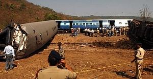 Hindistan'da tren kazası! İki ölü...