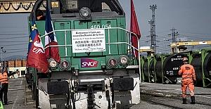 Çin'den İngiltere'ye ilk yük treni seferine başladı