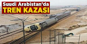 Suudi Arabistan'da Tren Raydan Çıktı!