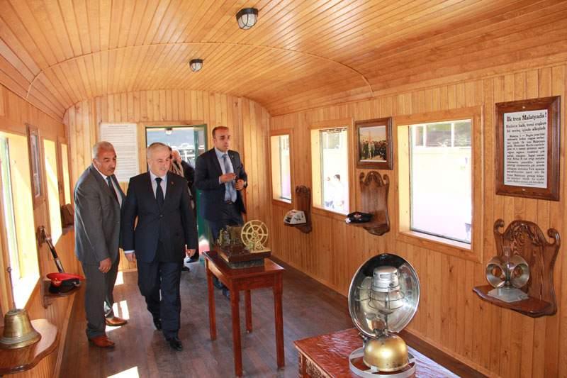 Nostaljik Tren Parkı Malatyada Açıldı
