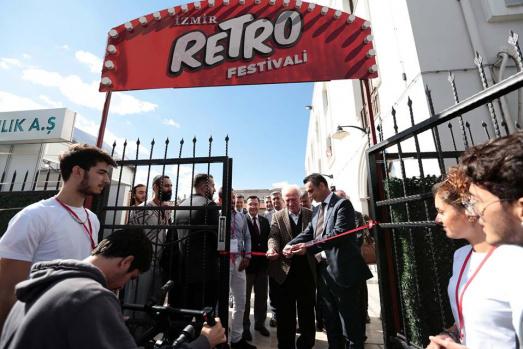 İzmir Retro Festivali Alsancak Gar'da