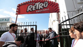 İzmir Retro Festivali Alsancak Gar#039;da