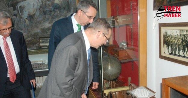 Malta Ulaşıtrma Bakanı Mizzi, Demiryolları Müzesine Hayran Kaldı