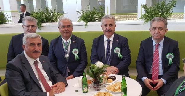 Türkmenistan Orta Asyanın lojistik merkezi olma yolunda