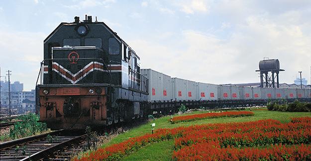 Çin-Kırgızistan demiryolu inşaatı hızlandırılacak