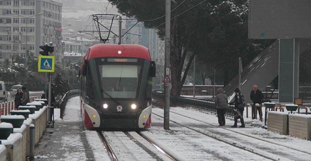 Samsun'da kar tramvay seferlerini vurdu!