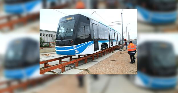 Akçaray'ın dördüncü tramvayı şehre geldi
