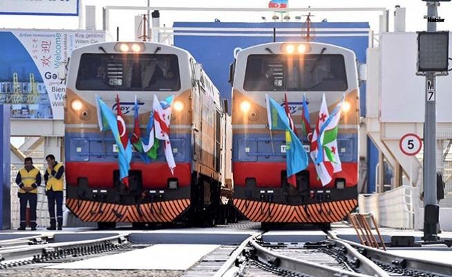 Bakü'de Tarihi Tören! Bakü-Tiflis-Kars Demiryolu Açıldı
