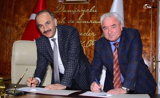 TÜDEMSAŞ, TCDD Taşımacılık A.Ş.'den Lokomotif Kiraladı