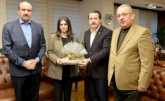 Başkan Yalçın'dan Bakan Sarıeroğlu'na Teşekkür