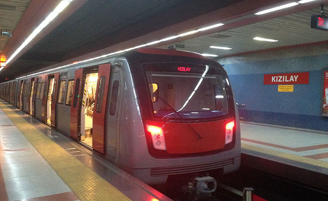 Gök, Ankara Metro Seferlerindeki Aksamayı Meclis Gündemine Taşıdı