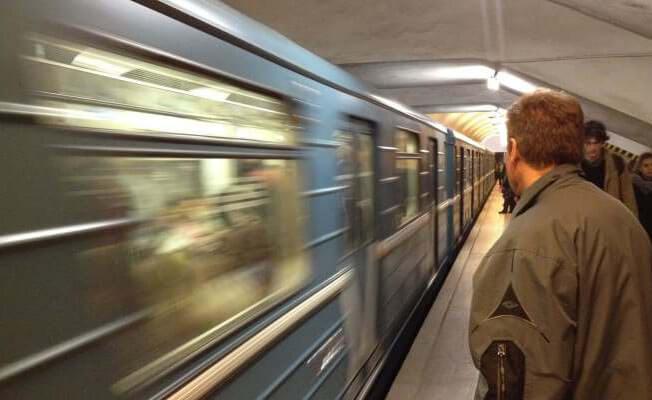 Moskova metrosu 2 buçuk milyon yolcu ile rekor kırdı