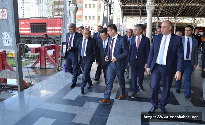 Bakan Arslan ve Apaydın İzmir'de