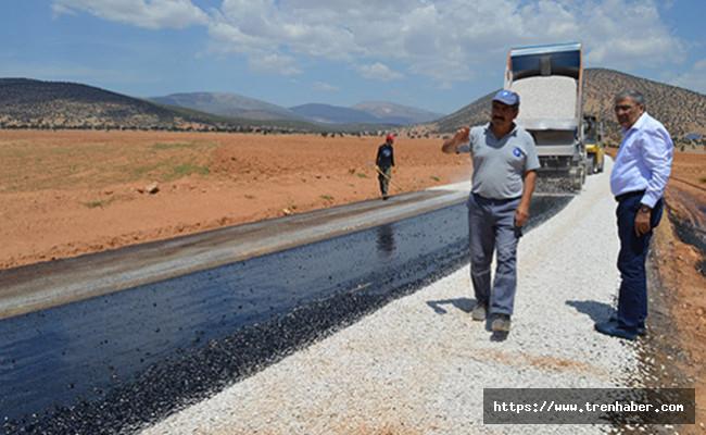 Antalya Büyükşehir'den Serik ve Korkuteli'de Asfalt Çalışması