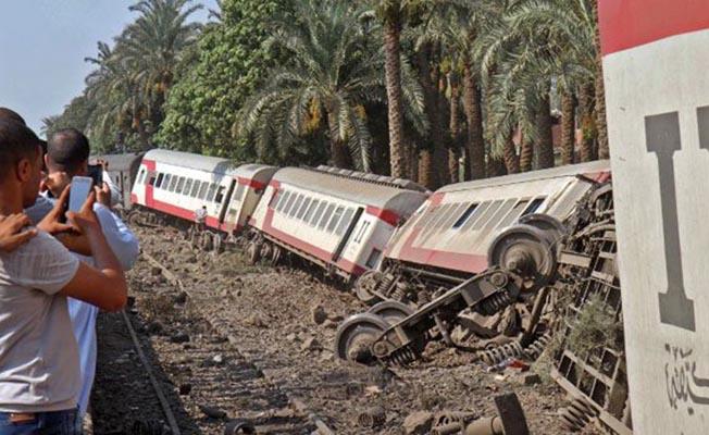 Mısır'da Feci Tren Kazası! 55 Yaralı