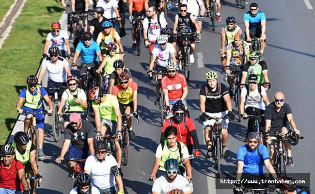 İzmir'de Bisiklet Kullanımının Yaygınlaşması İçin Hedef 2040