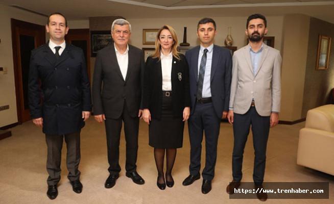 Başkan Karaosmanoğlu, Candemir ve yönetimini konuk etti