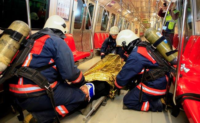 İstanbul Metrosunda Yangın Tatbikatı
