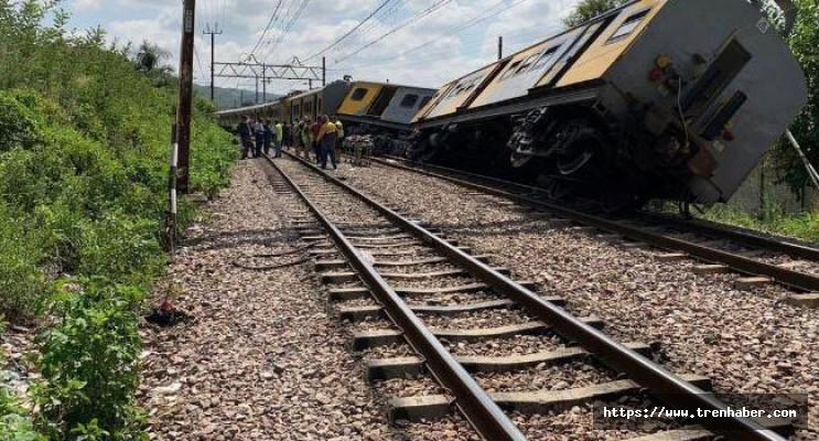 Güney Afrika'da Tren Kazası!