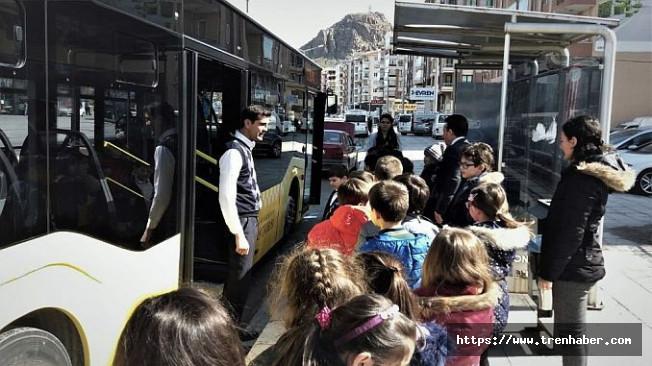 Afyonkarahisarlı Miniklere Toplu Ulaşım Kuralları Eğitimi