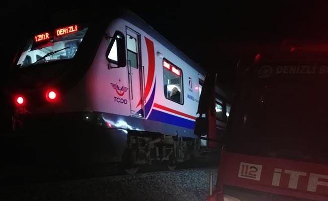 Otomobili Demiryolu Hattı Üzerinde Bırakıp Kaçtı