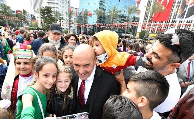 Başkan Soyer Fotoğrafların Kaldırılması Talimatı Verdi