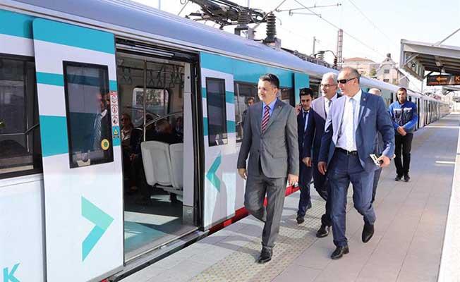 Bakan, Başkentray Banliyö Treninde