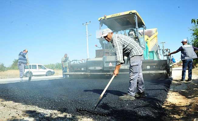 Karaman'da kış öncesi yollarda bakım çalışması