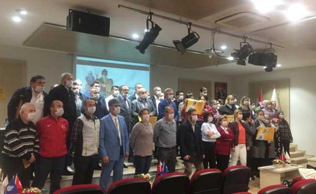 İETT Çalışanları Lösemili Çocuklar Haftasında Maske Taktı