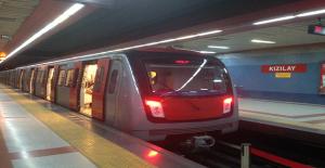 Ankara Metrosunda Otobüs Aktarması