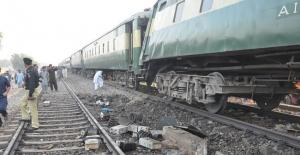 Kamerun'daki tren kazasında ölü sayısı artıyor