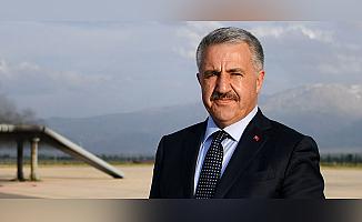 Arslan: 'Orta Koridor ile Türkiye Merkez Olacak'