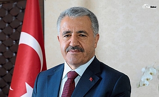 """Bakan Arslan: """"Sakarya'da demiryolu yatırımları hızla devam ediyor"""""""