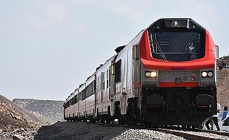 BTK demiryolunda ilk sefer liderlerin katılımıyla 30 Ekim`de yapılacak