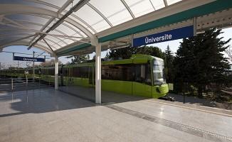 1 Günde 293 Binden Fazla Yolcu Taşıyan Bursa Metrosu Rekor Kırdı