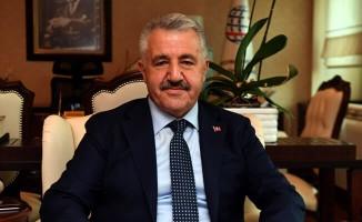 Bakan Arslan'ın 10 Aralık Mesajı! Türkiye Dünyada örnek bir konumda