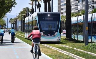 İzmirlilere 2018 hediyesi: Konak Tramvayı
