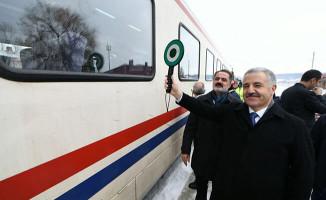 Bakan Arslan: Doğu Ekspresi yüzde yüz kapasite ile çalışıyor