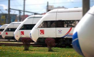 Başbakandan Manisa'da Hızlı Tren Açıklaması