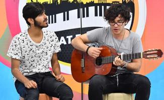 Ankara'da Sanatın ve Sanatçıların Yeni Adresi Metrolar Oldu