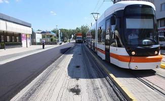 Eskişehir'de Yollar Yenileniyor, Kentin Çehresi Değişiyor