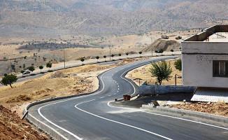 Şırnak'ta asfaltlanan yollarda çizgi çalışması
