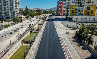 Barguzu Caddesi'nde Çalışmalar Sürüyor