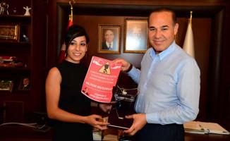 En Fazla Kadın Şoför İstihdam Eden Başkan Sözlü'ye Ödül