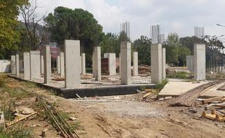 Kocaeli'de TCDD hizmet binasının yapımı devam ediyor