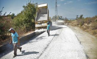 Alanya Belediyesi'nin asfalt seferberliği aralıksız sürüyor