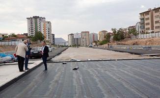 Başkan Çelik, Orgeneral Hulusi Akar Bulvarı'nda İncelemelerde Bulundu
